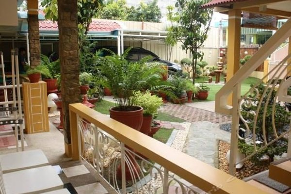 Oslob Malonzo Pension House - фото 6