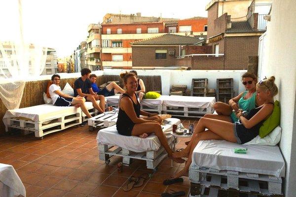 Polaroid Siesta Hostel - фото 3