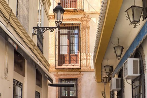 Feel Apartments La Merced - фото 50
