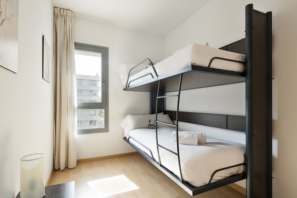 Tryp Madrid Airport Suites - 3