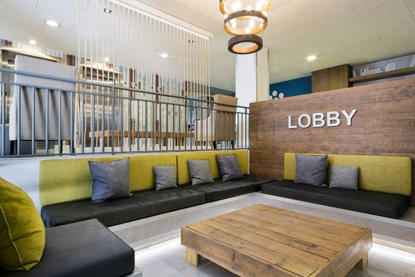 Tryp Madrid Airport Suites - фото 8