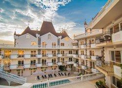 Фото 1 отеля Kamelot Hotel - Малореченское, Крым
