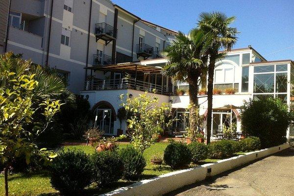 Hotel Riviera Spotorno - фото 12