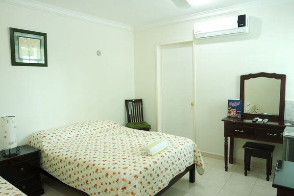 Hotel Malecon - фото 3