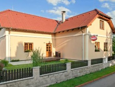 Guesthouse Penzion U Stoly
