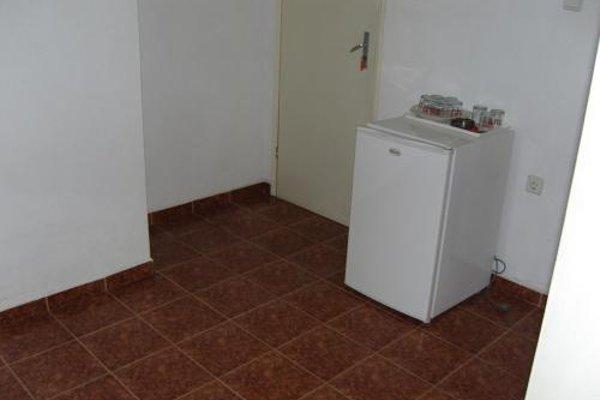 Kirovi Guest House - фото 12