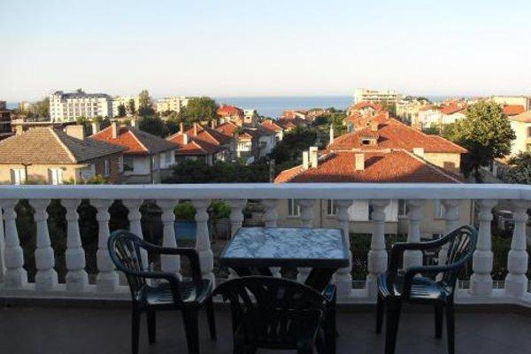 Kirovi Guest House - фото 5