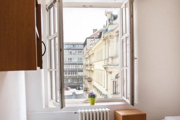 Dizzy Daisy Hostel Prague - фото 19