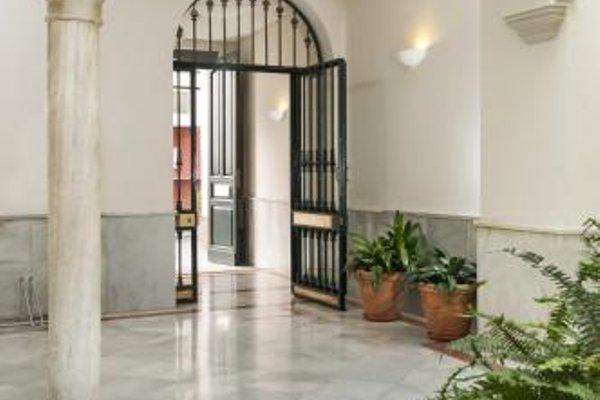 Suites Sevilla Plaza - фото 14