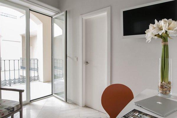 Suites Sevilla Plaza - фото 17