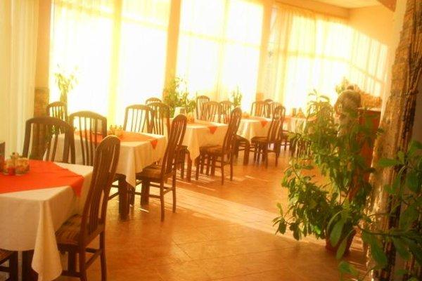 Pancho Family Hotel - фото 11
