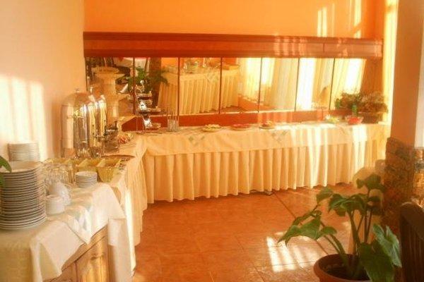 Pancho Family Hotel - фото 12