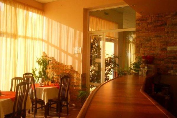 Pancho Family Hotel - фото 9