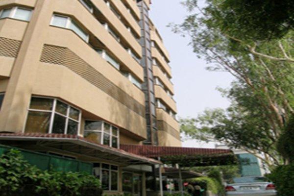 Nirula's Hotel - 21