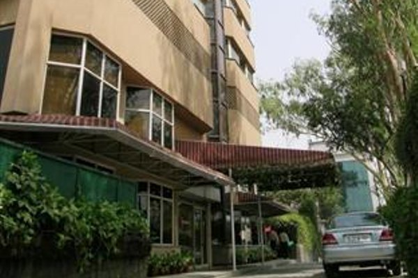 Nirula's Hotel - 22