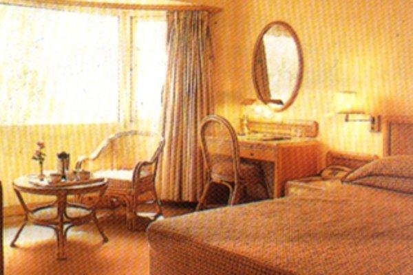 Nirula's Hotel - 4