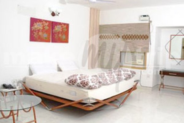 Bharat International Guest House at OMR - фото 8