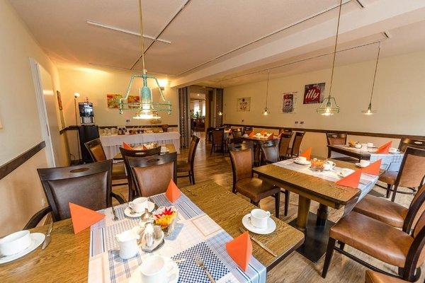 Hotel Restaurant Conni - 14