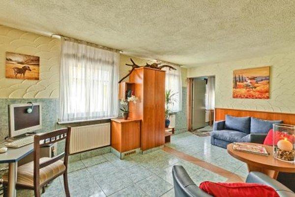 Hotel La Ferte - 50