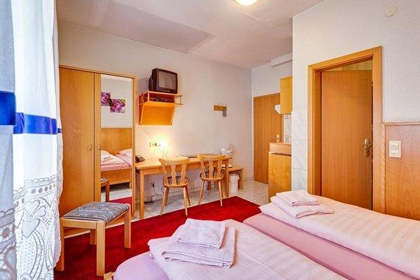 Hotel La Ferte - 3