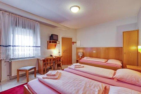 Hotel La Ferte - 4