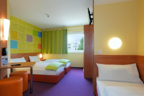 B&B Hotel Stuttgart-Vaihingen - 4