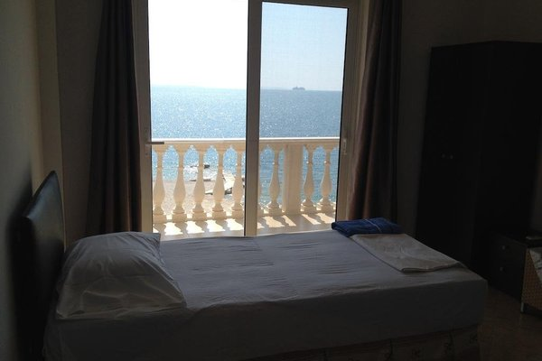 Beach Hotel Mucobega - 11