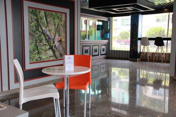 Hotel Costazul - 18