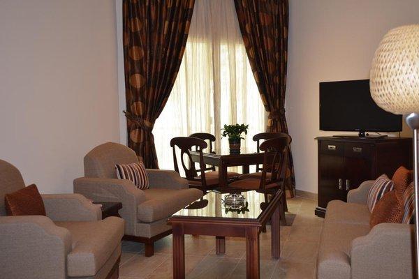 Umm Al Quwain Beach Hotel - фото 4
