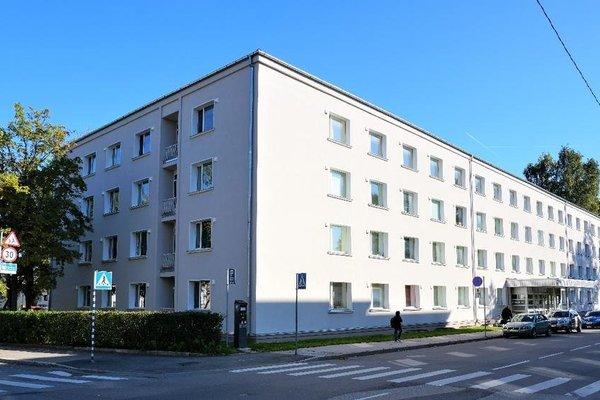 Academus Hostel - фото 11