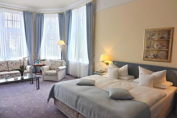 Hotel OASIS - фото 3