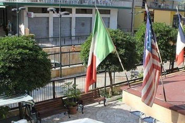 Hotel Magriv - 11
