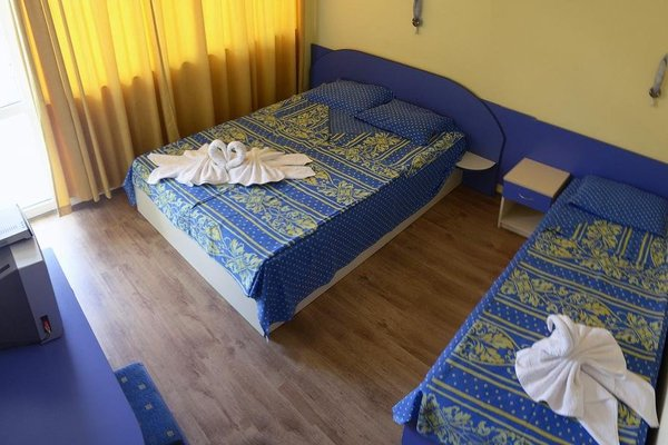 Family Hotel Bohemi - фото 3