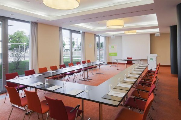 Holiday Inn Berlin Airport - Conference Centre - 17
