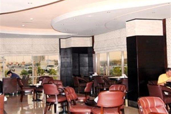 City Hotel - фото 11