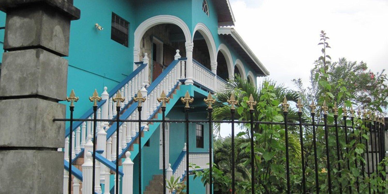 Hotel Foyer Saint Vincent : Hotel apartments harmony hall resorts st vincent starfish