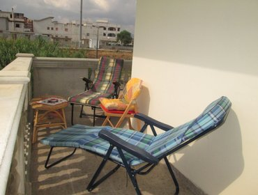 อพาร์ทเมนท์ 2 bed apartment  wrap around balcony facing pool