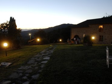 Apartments ARCHI apartment in farmhouse close to Florence