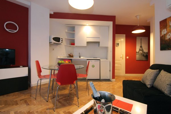 Apartamentos Goyescas Deco - фото 3