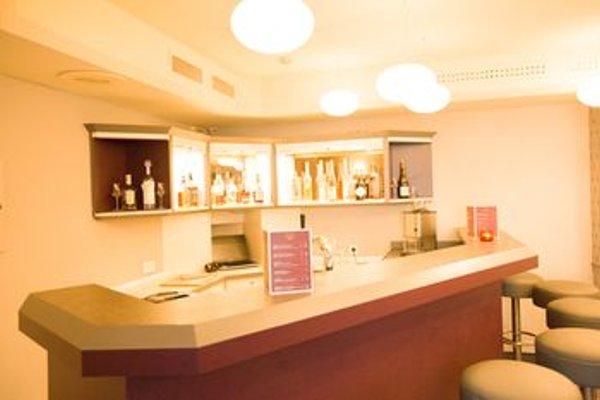 AVIA Hotel - фото 17