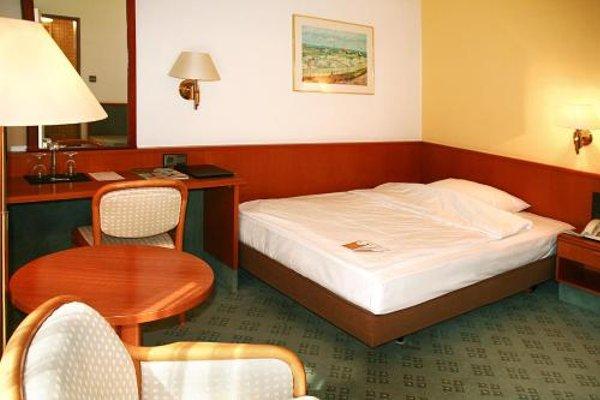 AVIA Hotel - фото 4