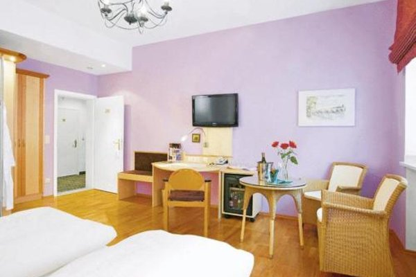 Hotel Munchner Hof und Blauer Turm - фото 5
