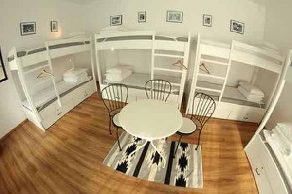 Sisters Lodge Hostel - фото 12