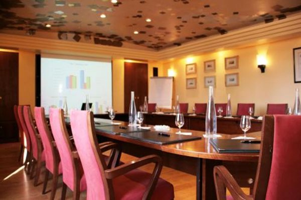 Relais & Chateaux-Hotel Cazaudehore - La Forestiere - 18