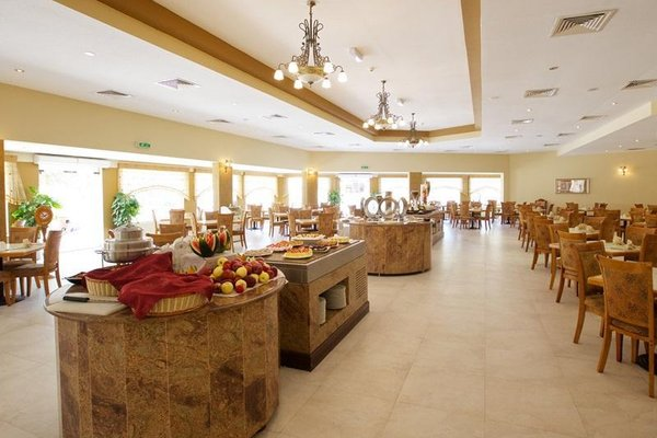 Bin Majid Beach Resort - фото 14