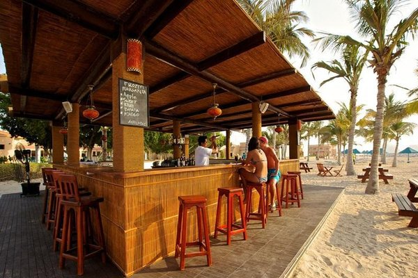 Bin Majid Beach Resort - фото 20