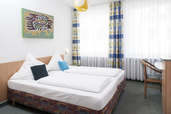 Lorenz Hotel Zentral - фото 29