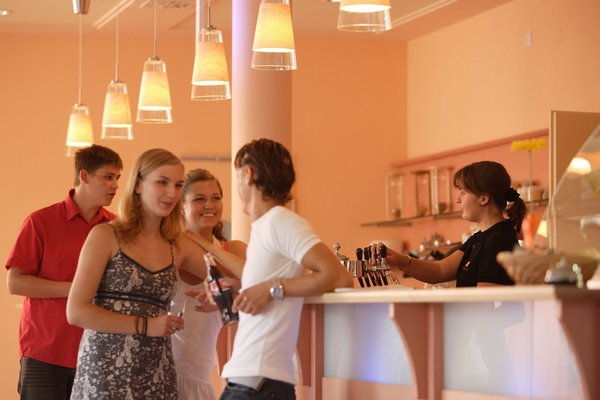 JUFA Hotel Nordlingen - фото 11