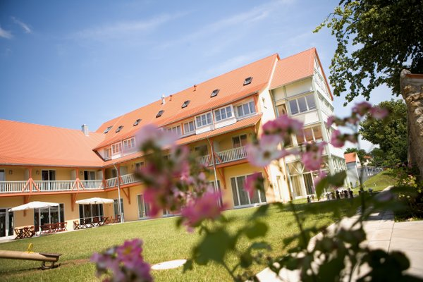 JUFA Hotel Nordlingen - фото 22