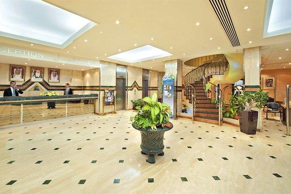 Bin Majid Beach Hotel - фото 11